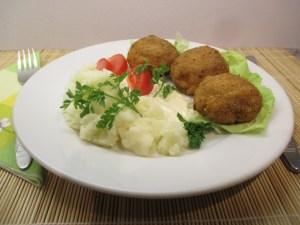 Majonézes gomba saláta