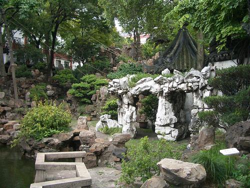 Kertgondozás - kertfenntartás, kert karbantartás - Gombos-Kert